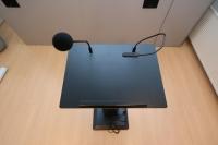 Macada Speech plug & play speakerdesk