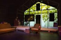 Projectiedoek in de vorm van een huis